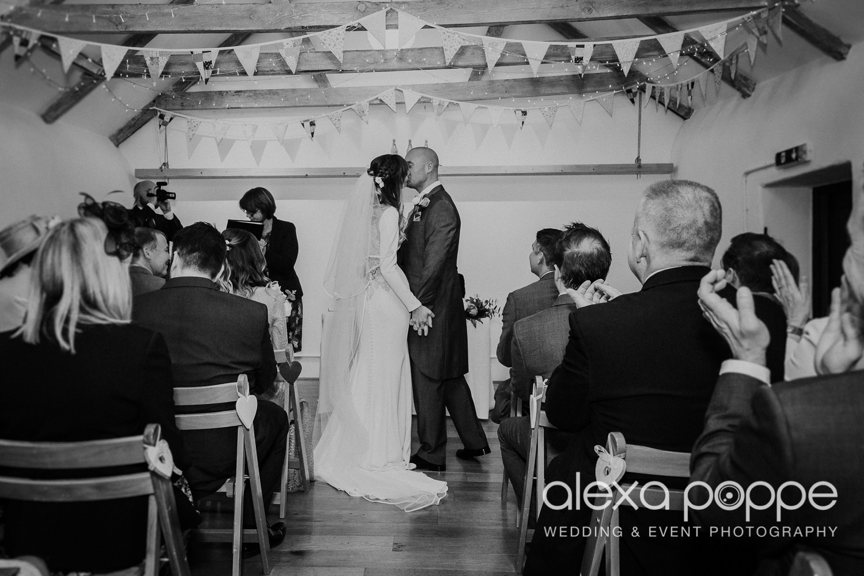 LS_wedding_thegreen_cornwall_16.jpg