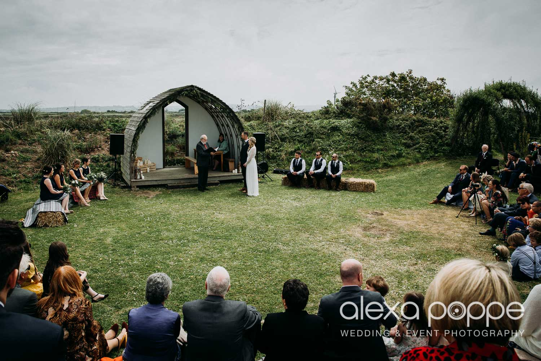 HE_wedding_mountpleasant_ecopark_16.jpg