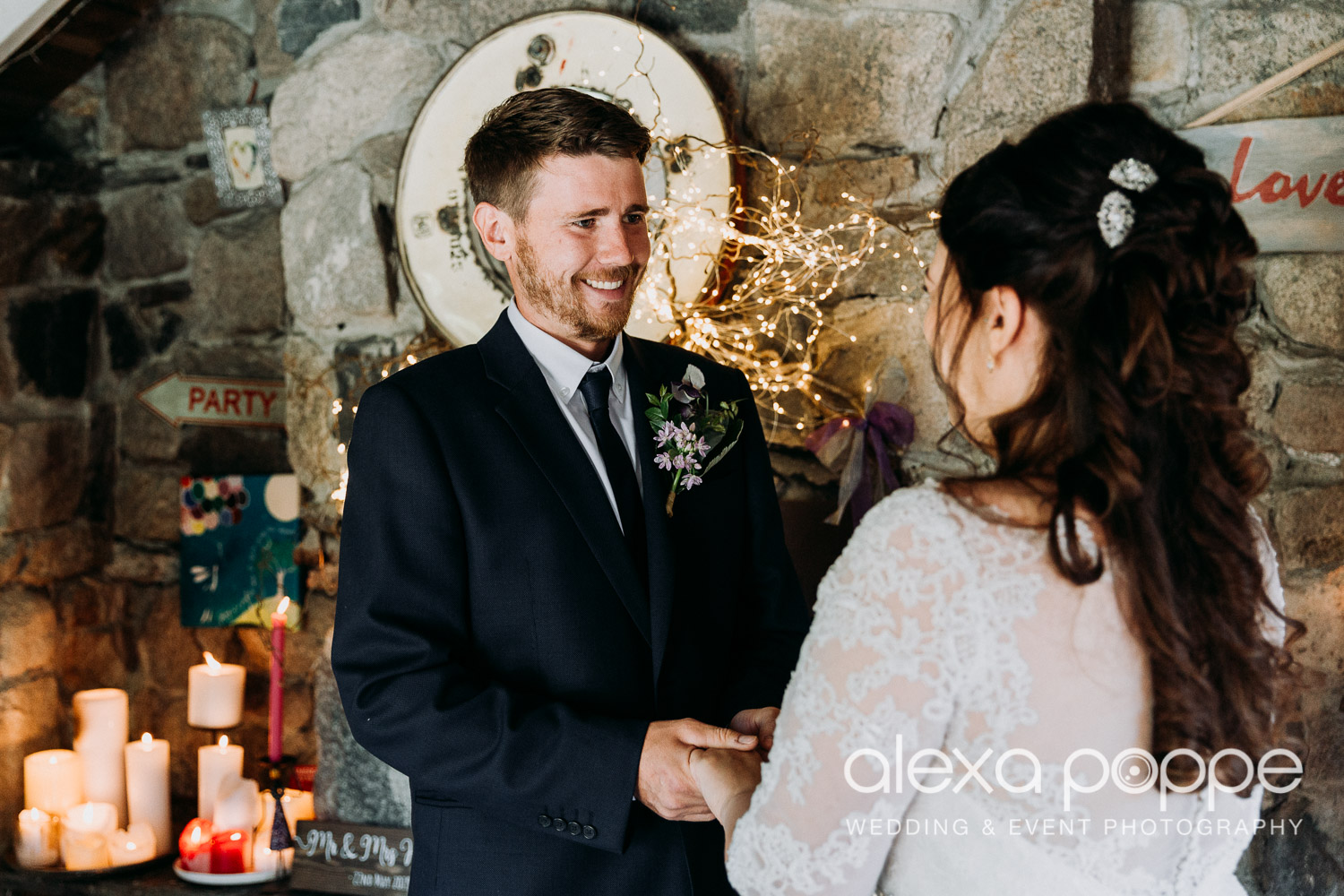 AJ_elopement_lowerbarns_6.jpg