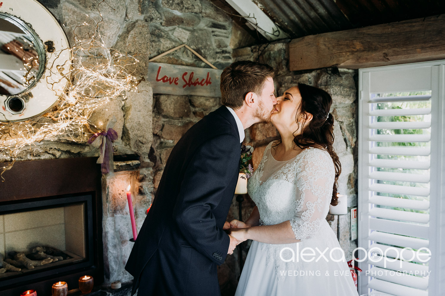 AJ_elopement_lowerbarns_11.jpg