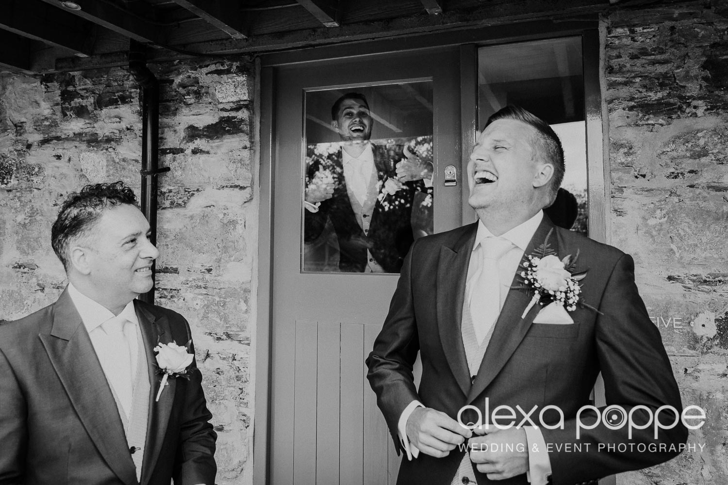 NT_wedding_thegreen_cornwall_14.jpg