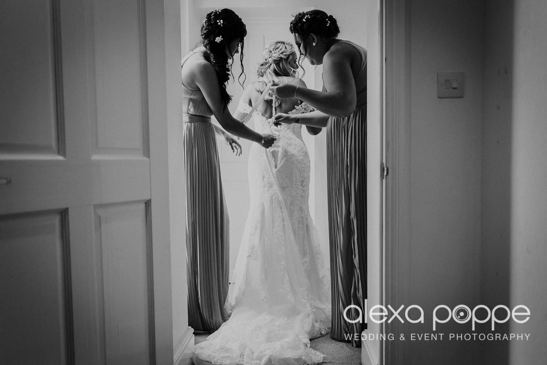 NT_wedding_thegreen_cornwall_22.jpg