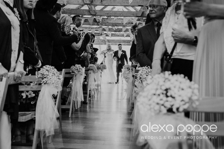 NT_wedding_thegreen_cornwall_30.jpg