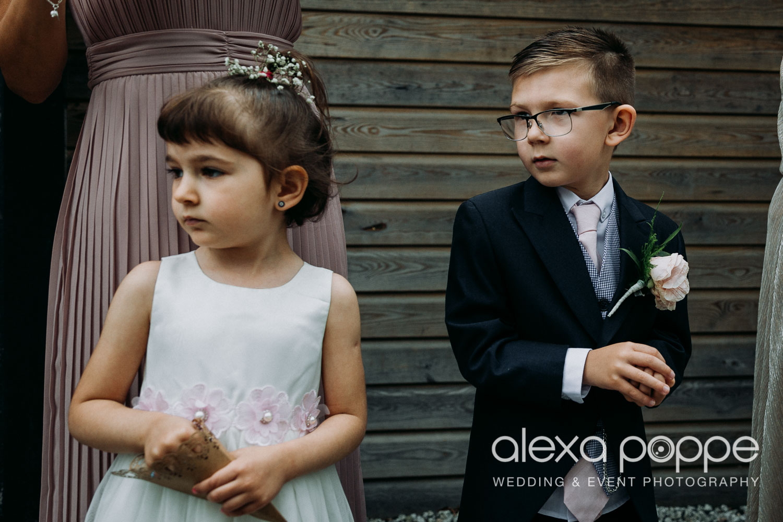 NT_wedding_thegreen_cornwall_37.jpg
