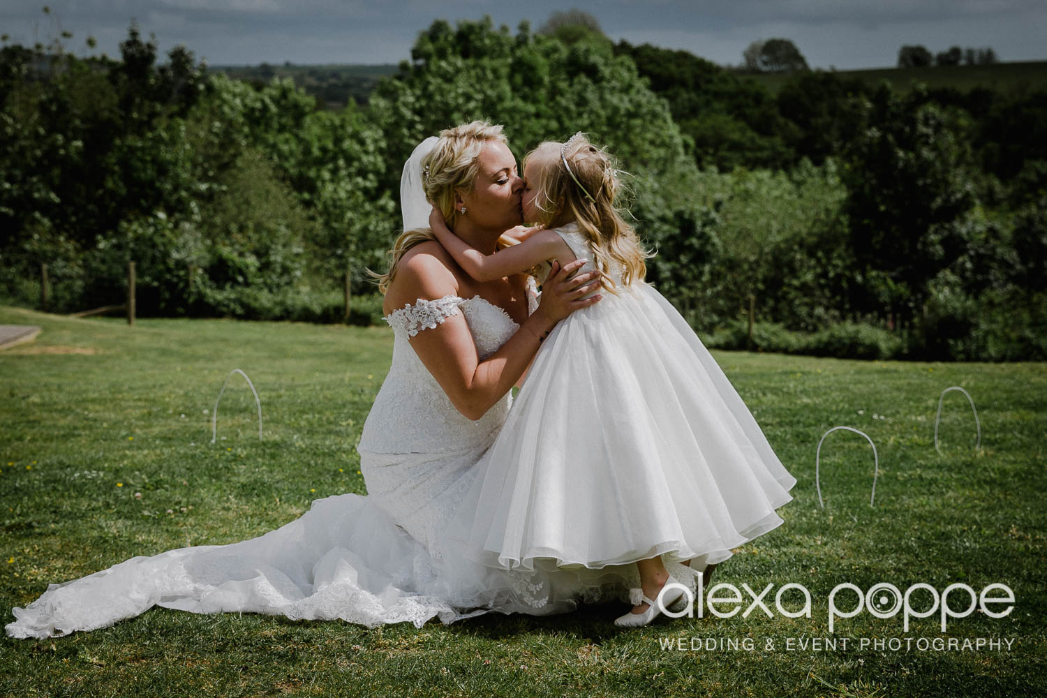 NT_wedding_thegreen_cornwall_40.jpg