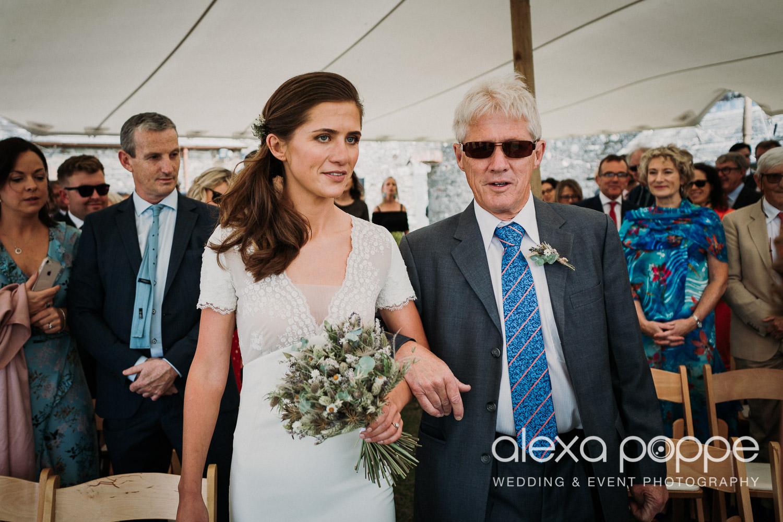 JN_wedding_roscarrock_cornwall_28.jpg