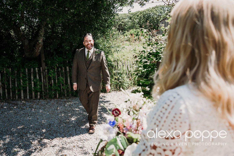 BJ_wedding_nancarrowfarm_22.jpg