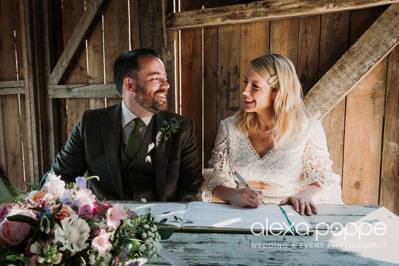 BJ_wedding_nancarrowfarm_30.jpg