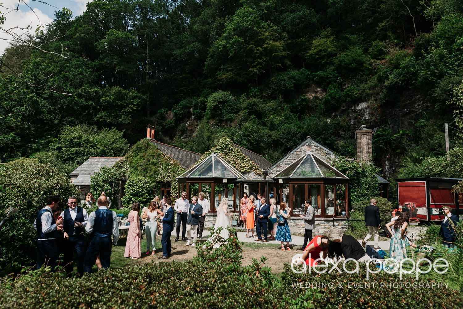 VA_wedding_edenproject_carnglaze_34.jpg