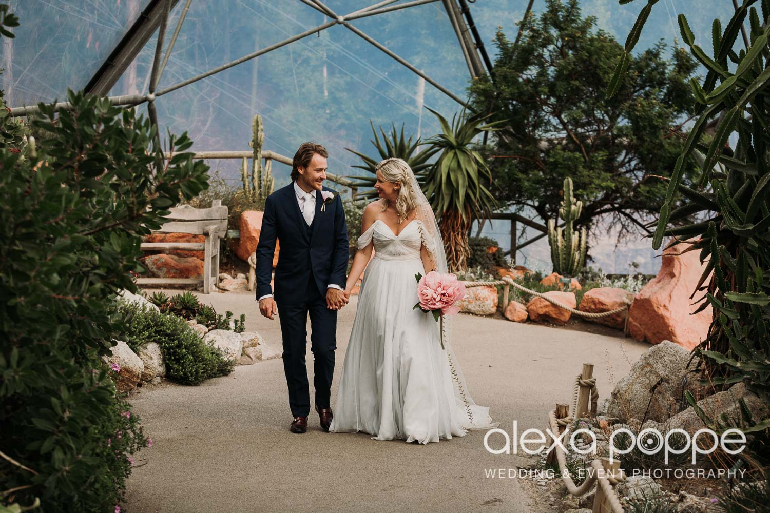 VA_wedding_edenproject_carnglaze_57.jpg