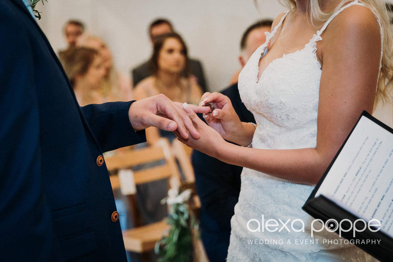 AA_wedding_thegreen_cornwall_8.jpg