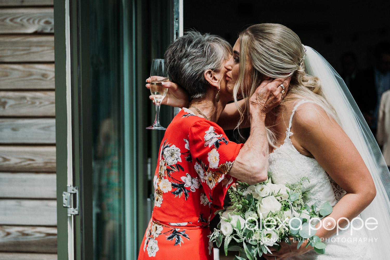 AA_wedding_thegreen_cornwall_15.jpg