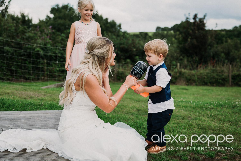 AA_wedding_thegreen_cornwall_62.jpg