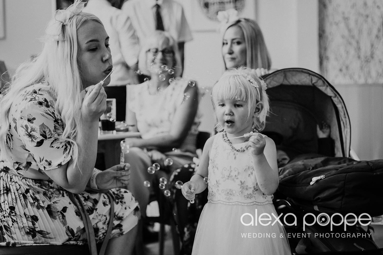 AA_wedding_thegreen_cornwall_64.jpg