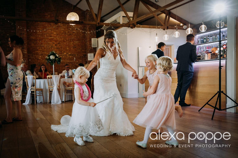 AA_wedding_thegreen_cornwall_70.jpg