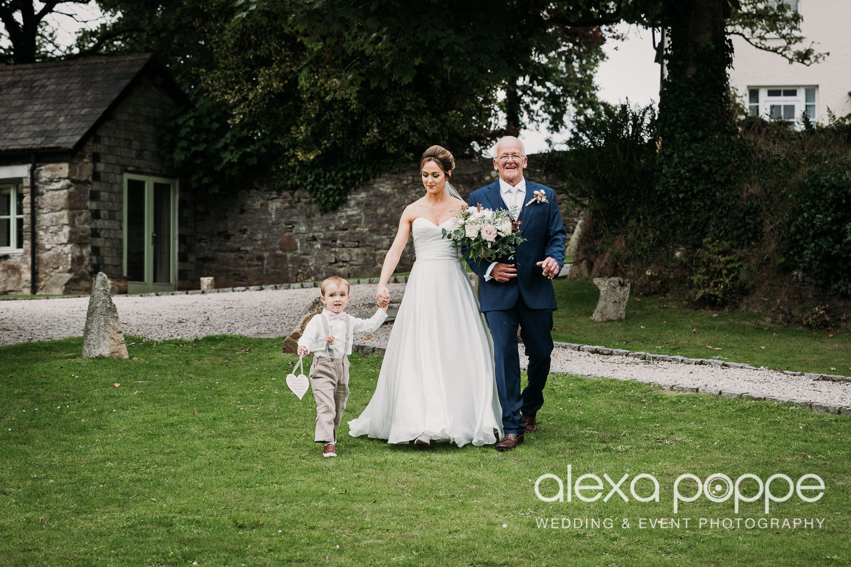 CP_wedding_thegreen_cornwall_25.jpg