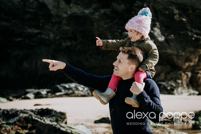 family_photoshoot_watergatebay_2.jpg