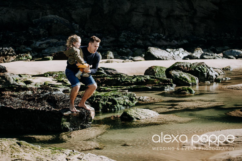 family_photoshoot_watergatebay_24.jpg