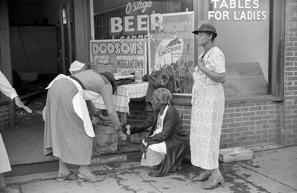 Making ice cream to sell on payday, Osage, West Virginia, Courtesy of the Library of Congress