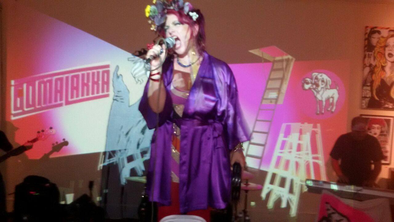 Gomalakka's lead singer Brakka in the performance at Tag Gallery, Sao Paulo, 2015.