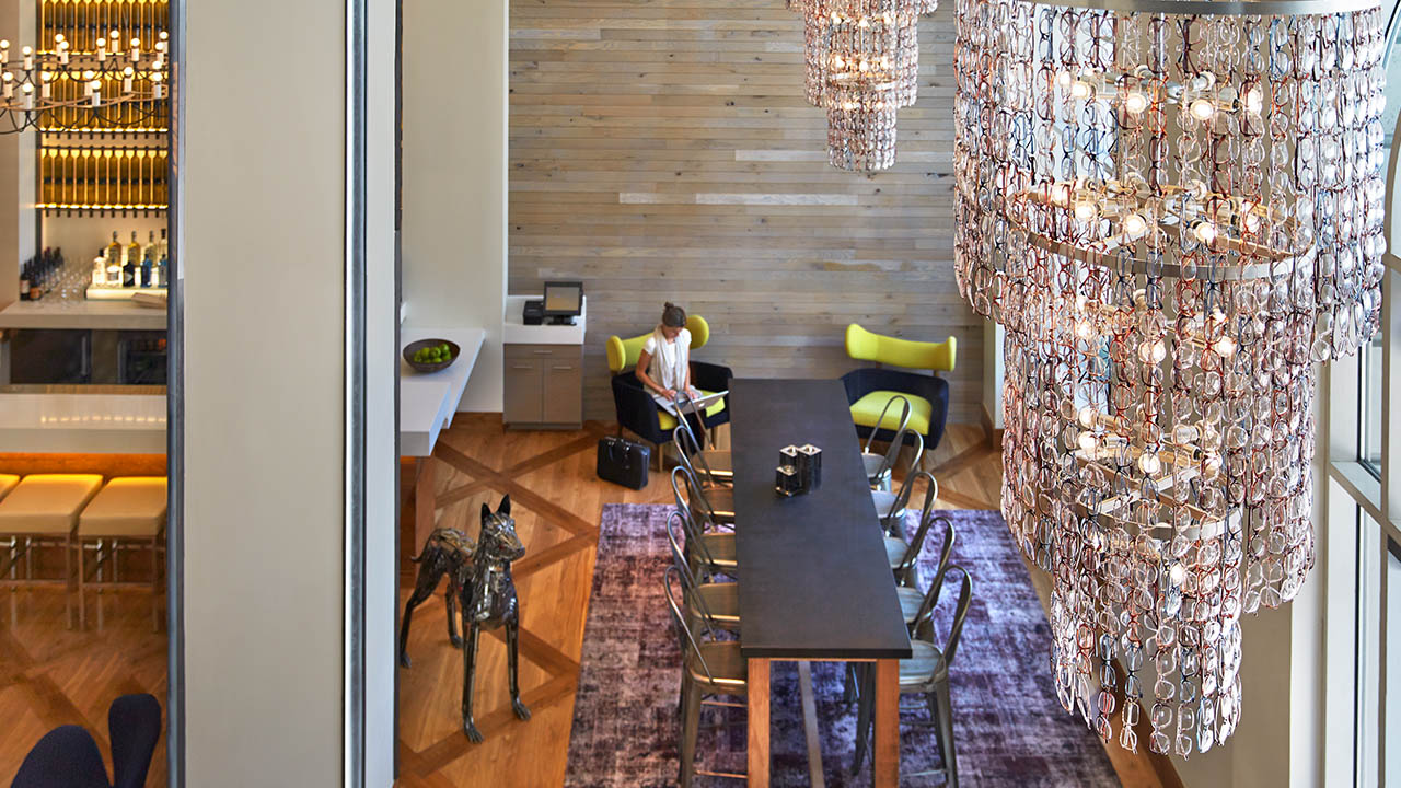 zet-communal-peep-chandelier1280x720.jpg