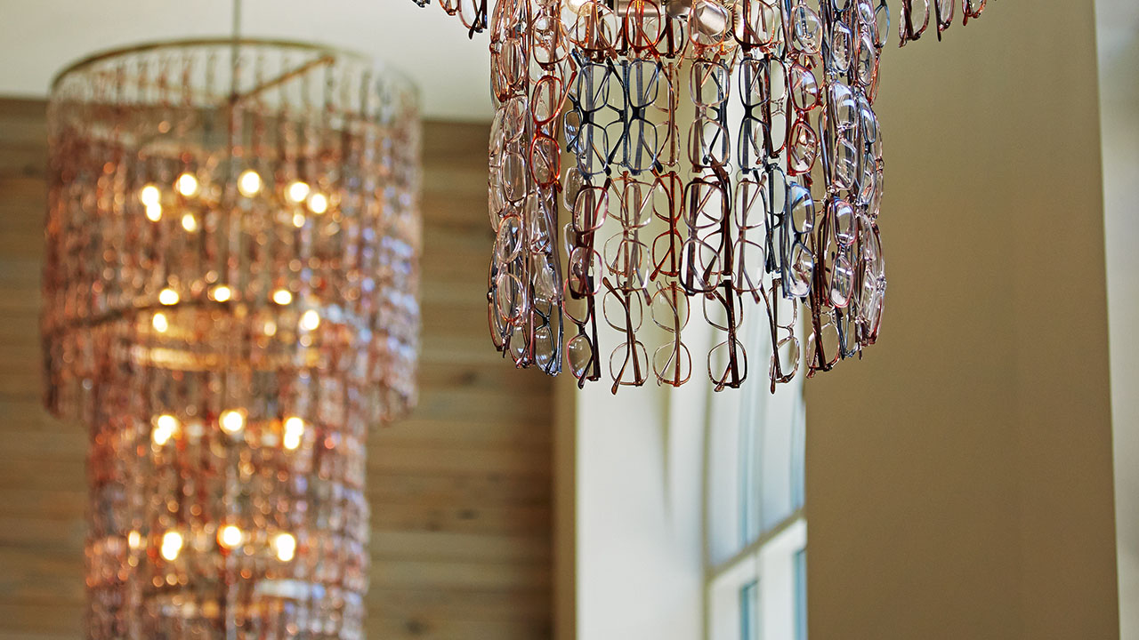 zet-glasses-chandelier1280x720.jpg