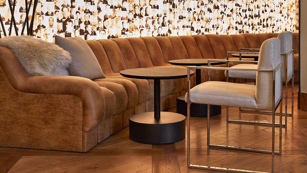 zet-lobby-couch11280x720.jpg