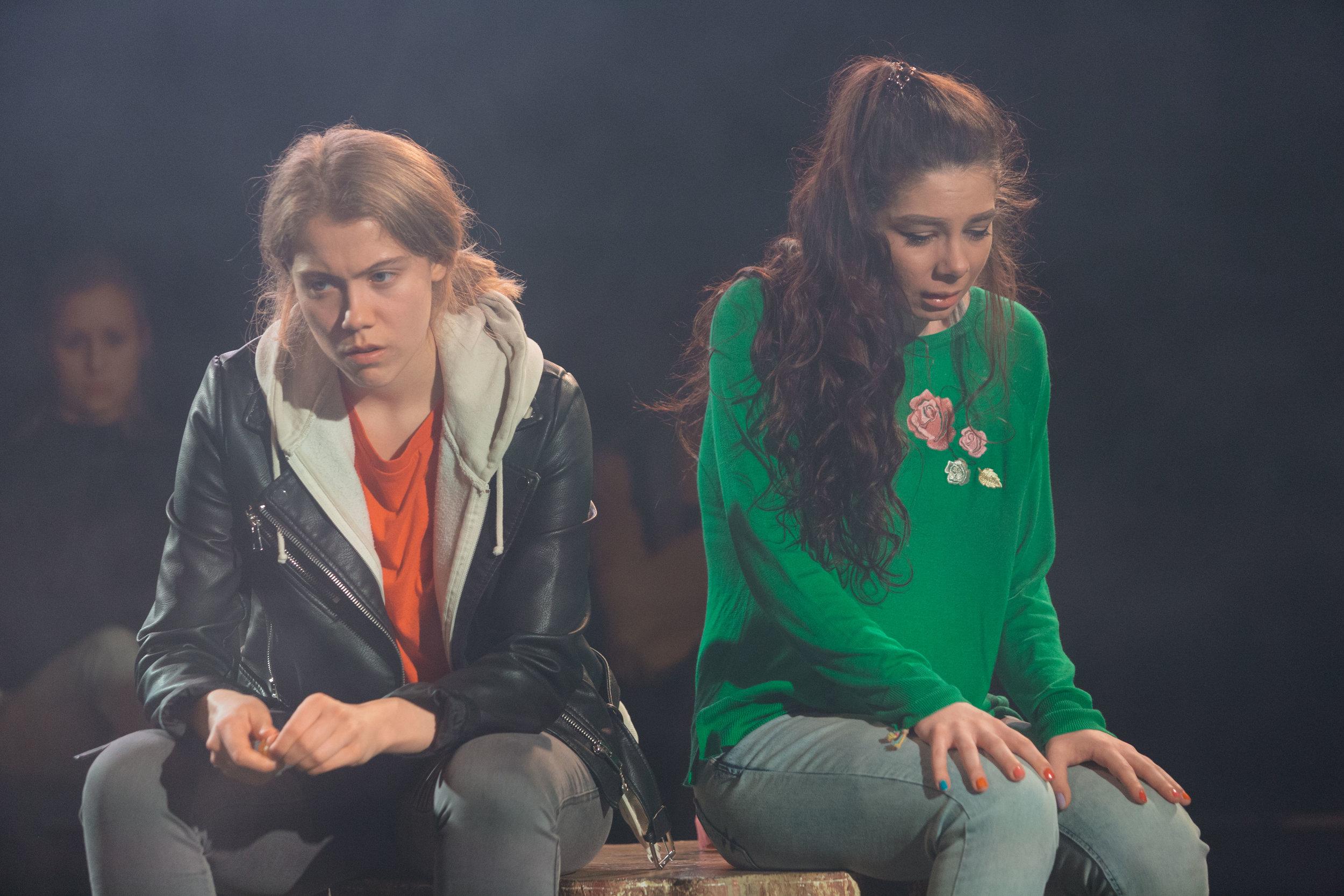 DNA_Southwark Playhouse_NYT_Helen Murray-991.jpg
