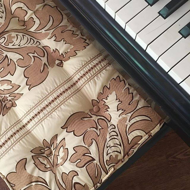 Let the music play with a newly upholstered piano bench cushion.  #highendfabrics #customized #embroidery #silk #interiordesign #gold #stripes #draperyfabric #menlopark #sanfrancisco #alliedarts