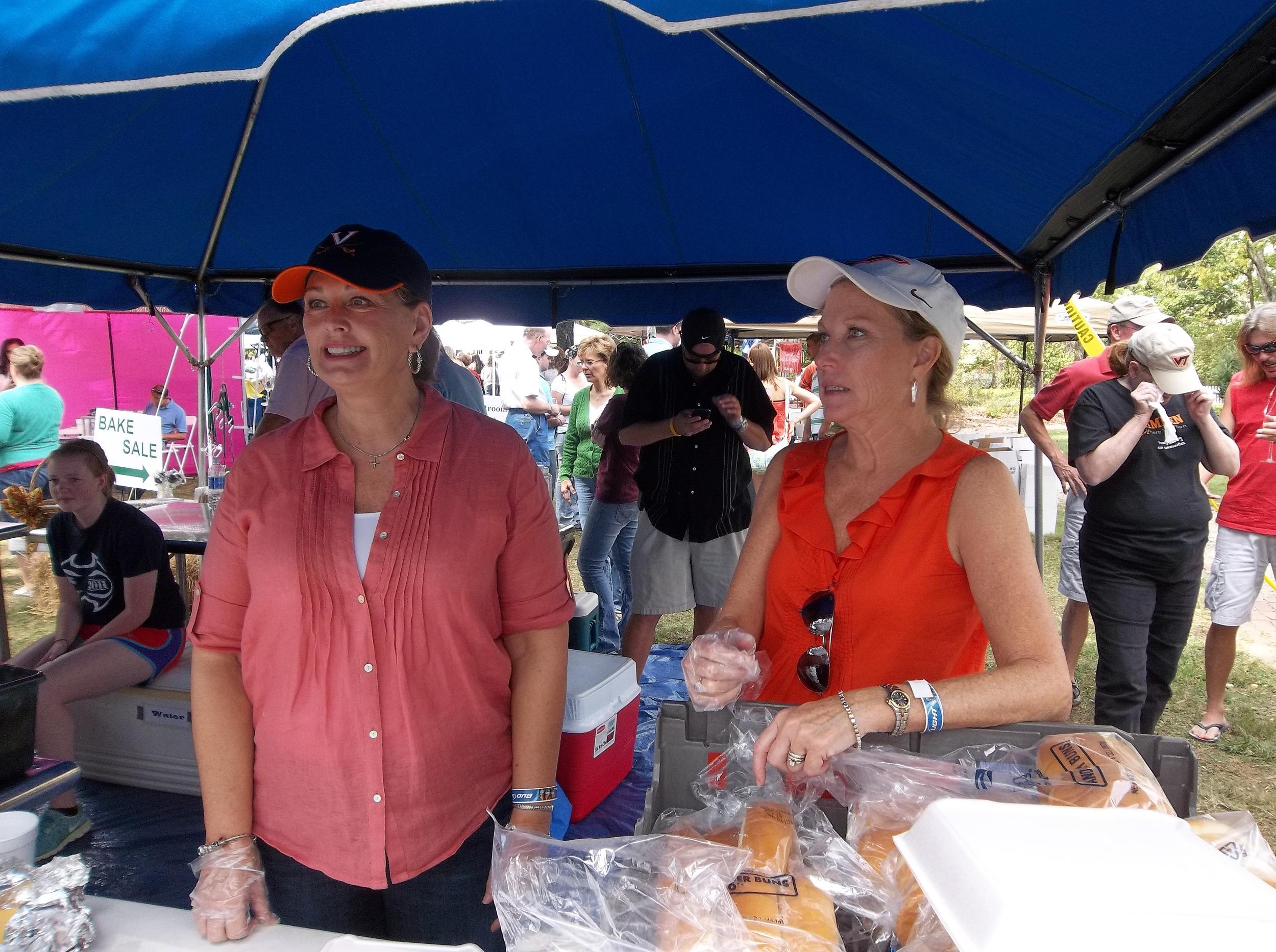 Debbie Teresa Wine Fest 2012.JPG