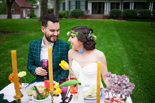 We are LIVING for this brightly colored styled shoot done in front of our mansion! Brides, what do you think of these colors!? ⠀ Photo: @rhiannonkathleenstudios⠀ ⠀ .⠀ .⠀ .⠀ .⠀ .⠀ .⠀ .⠀ .⠀ #avocamuseum #virginiaweddings #virginiawedding #historicwedding #historicweddingvenue #southernwedding #weddingvenue #weddingplanning #weddinginspiration #vaweddingvenue #engaged #dcbride #richmondbride #charlottesvillebride #virginiaweddings #southcarolinabride #lynchburgwedding #lynchburgweddingvenue #virginiaweddings #lynchburgbrides #vabrides #lynchburgva #luxurywedding #weddinginspo #vaisforlovers #ido
