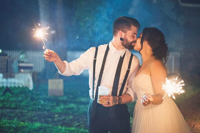 We are not ready for summer to end. How many of you are holding on for dear life and how many already have your pumpkins out!? ⠀ Photo: @themullinsphotoco ⠀ .⠀ .⠀ .⠀ .⠀ .⠀ .⠀ .⠀ .⠀ #avocamuseum #virginiaweddings #virginiawedding #historicwedding #historicweddingvenue #southernwedding #weddingvenue #weddingplanning #weddinginspiration #vaweddingvenue #engaged #dcbride #richmondbride #charlottesvillebride #virginiaweddings #southcarolinabride #lynchburgwedding #lynchburgweddingvenue #virginiaweddings #lynchburgbrides #vabrides #lynchburgva #luxurywedding #weddinginspo #vaisforlovers #ido