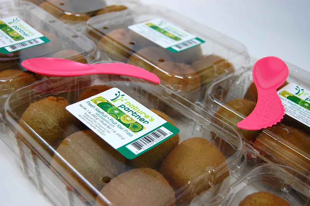 Kiwifruit_InClam_Row_Grouping_SpifesOnTop.jpg