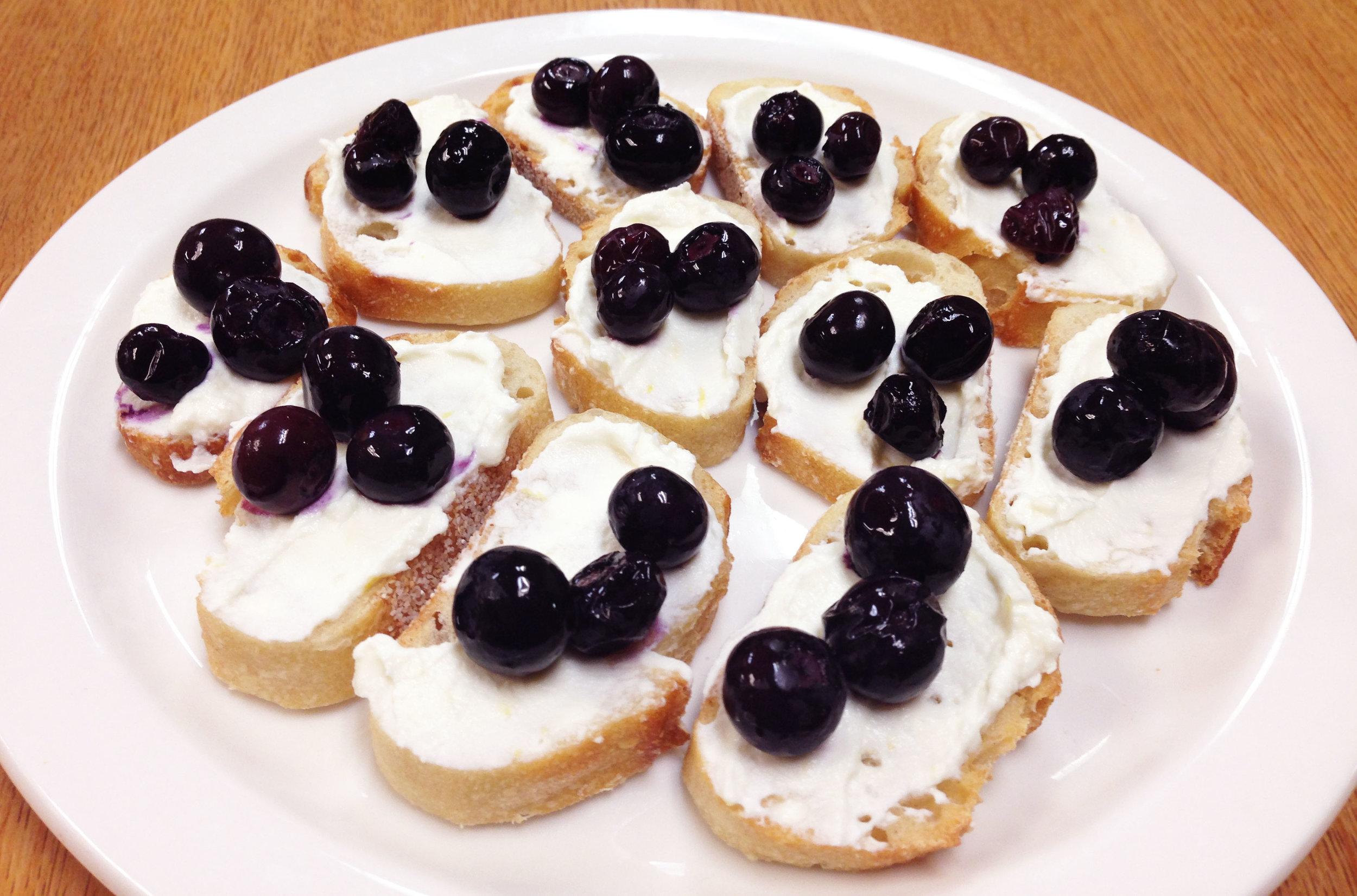 Roasted Blueberries Crostini