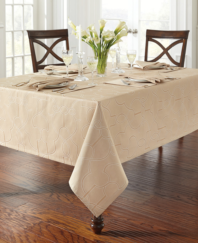 Waterford Marilla Table, in Buttermilk