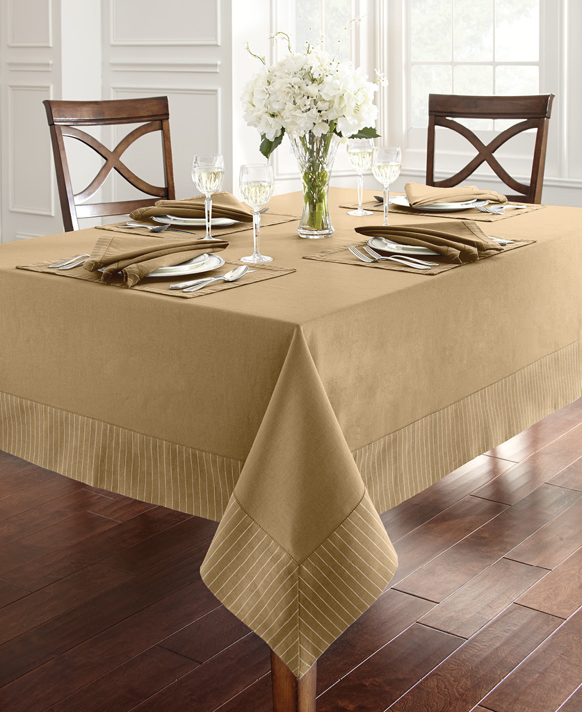 Waterford Rigato Table, in Gold