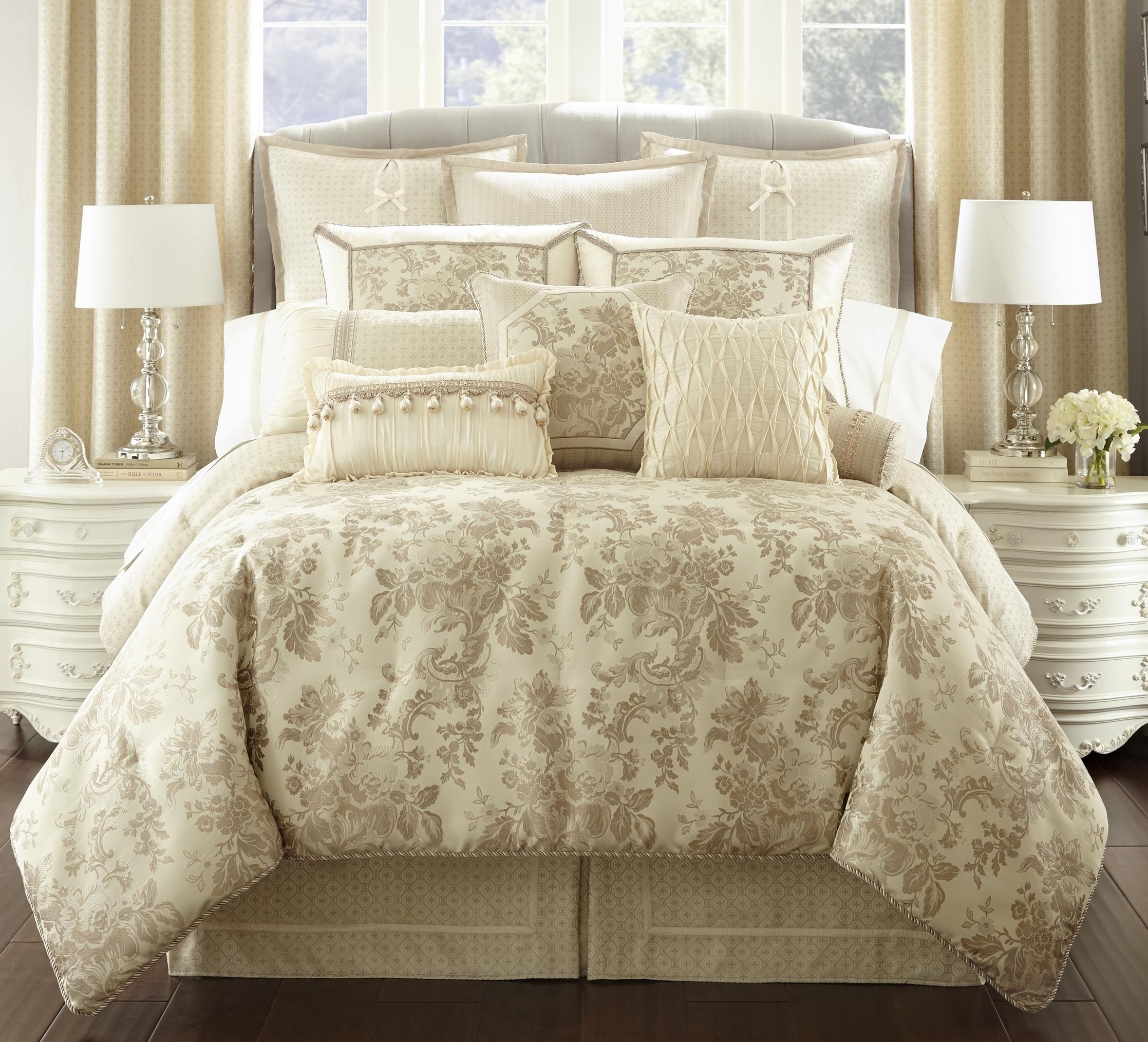 Castlequin Bed Foot RT.jpg