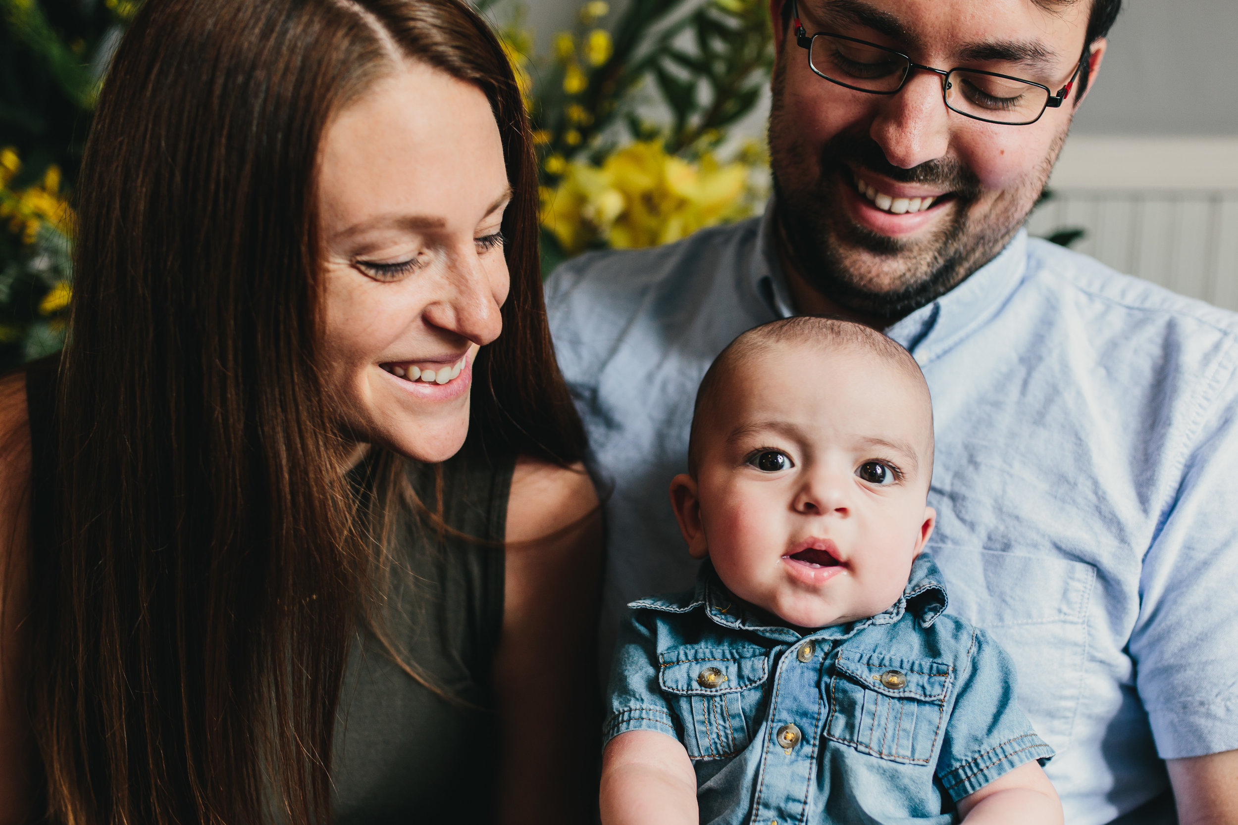 Pangtography mini Mother's Day portraits at Flower Hause in Shepherdstown, West Virginia.