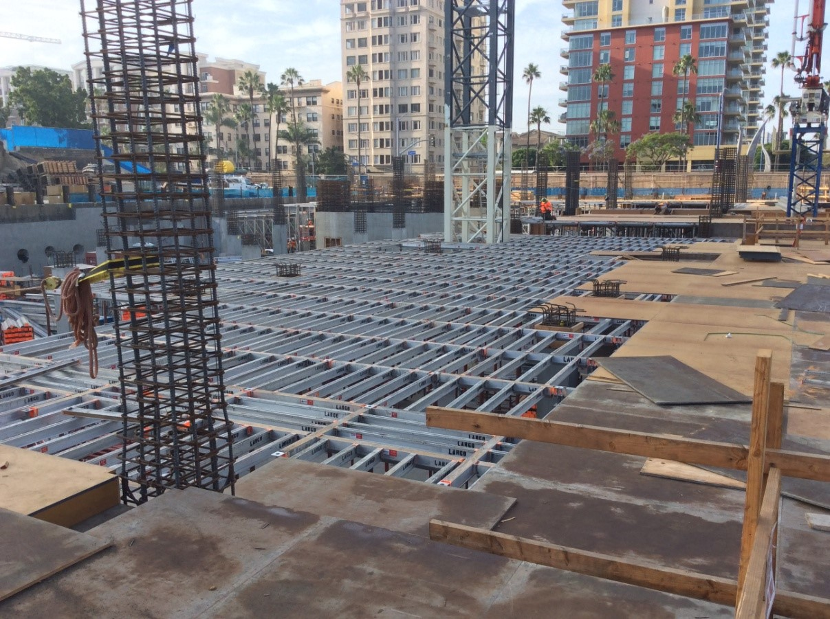 Setting plaza level deck forms