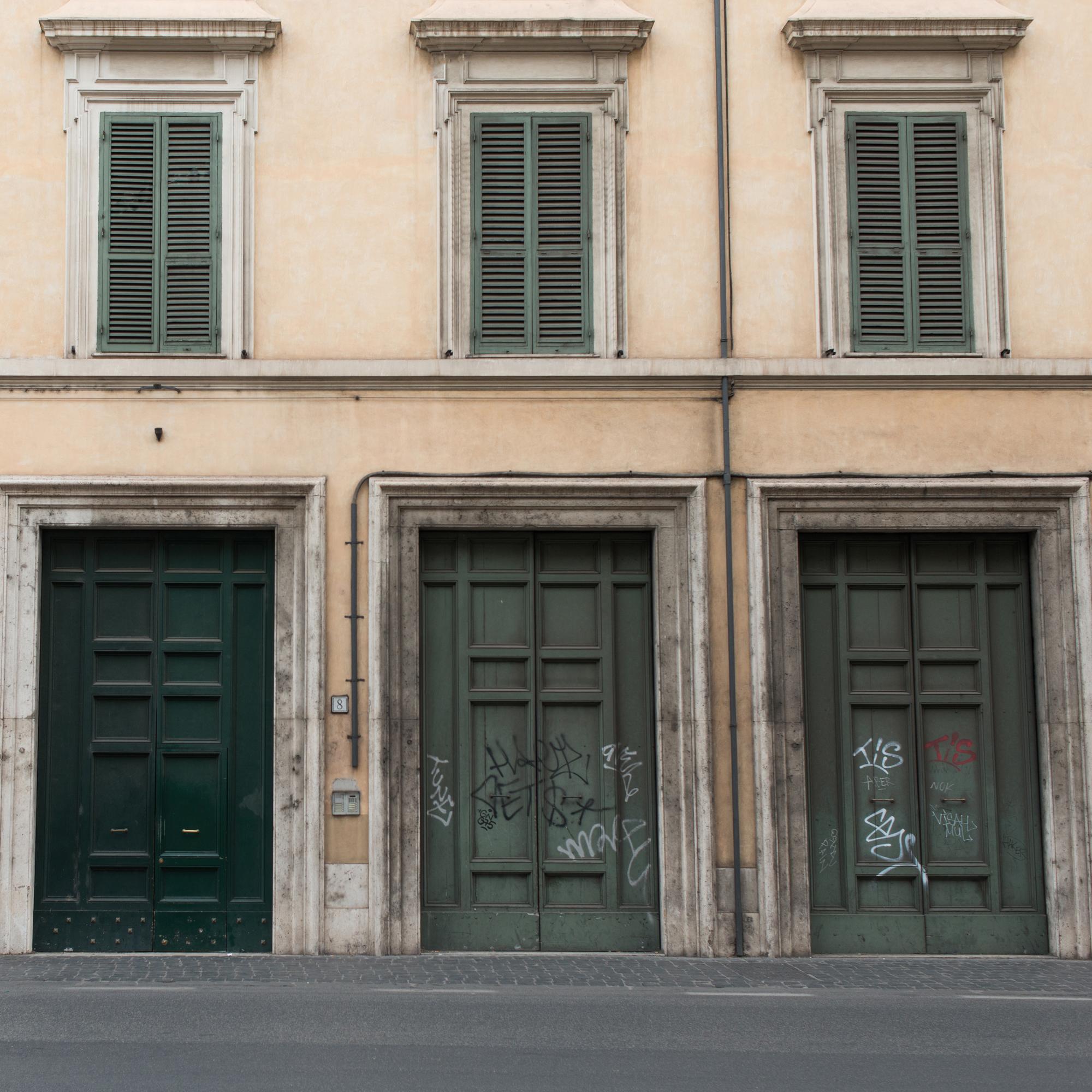 Italy_Doors_edit.jpg
