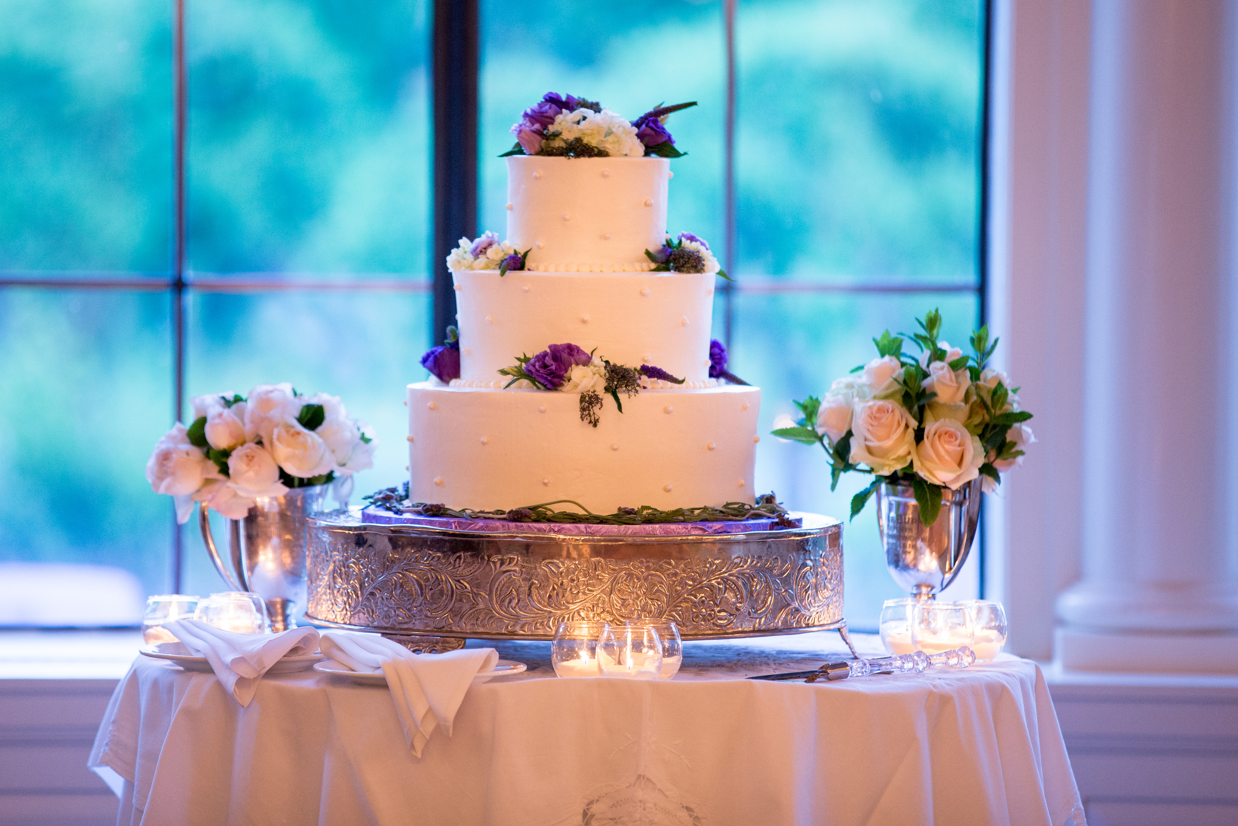 wedding-cake-florals.jpg