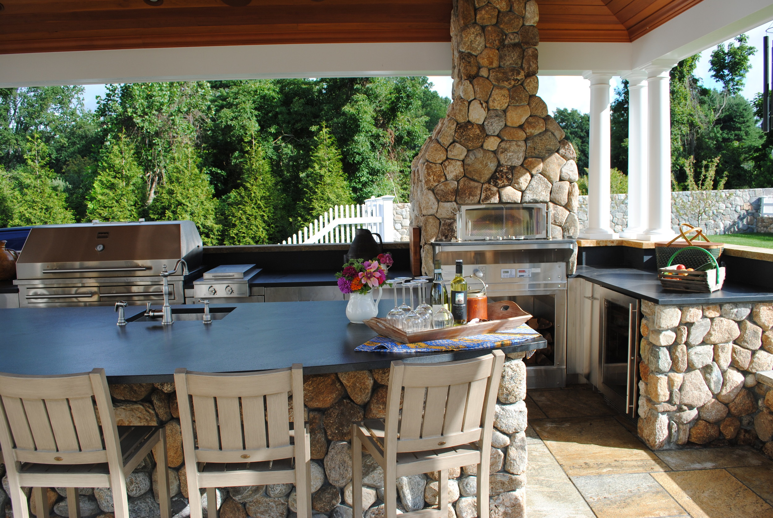 outdoor-kitchen-darien.JPG