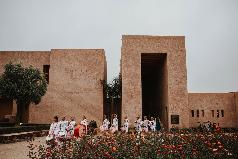 0000024_6C4A0625_Weddings_Junebugweddings_Morocco_Destination_Dress.jpg