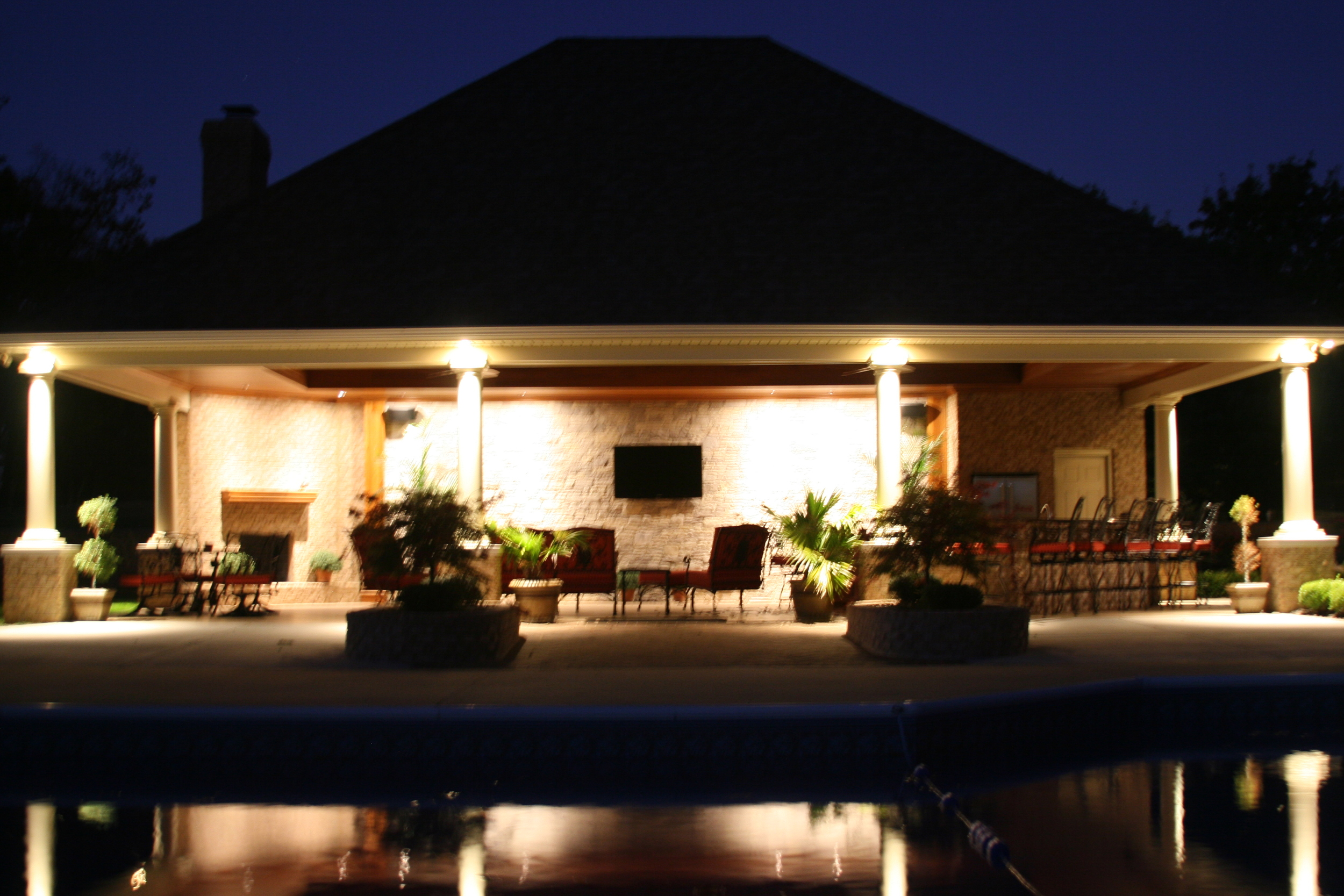 Fox's Pool House 042.jpg