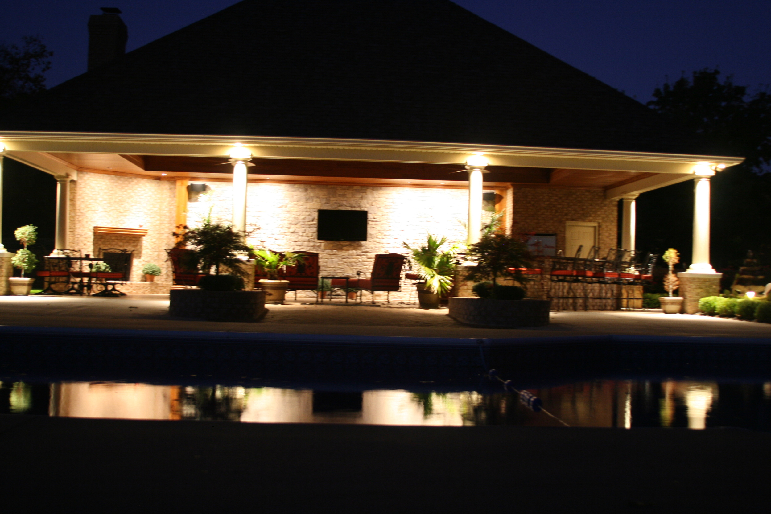 Fox's Pool House 044.jpg