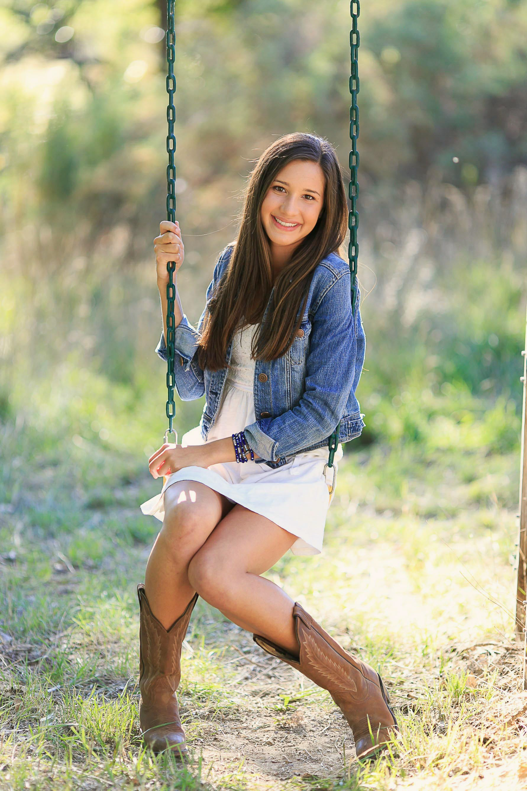 Cat Mayer Senior Portraits-68.JPG