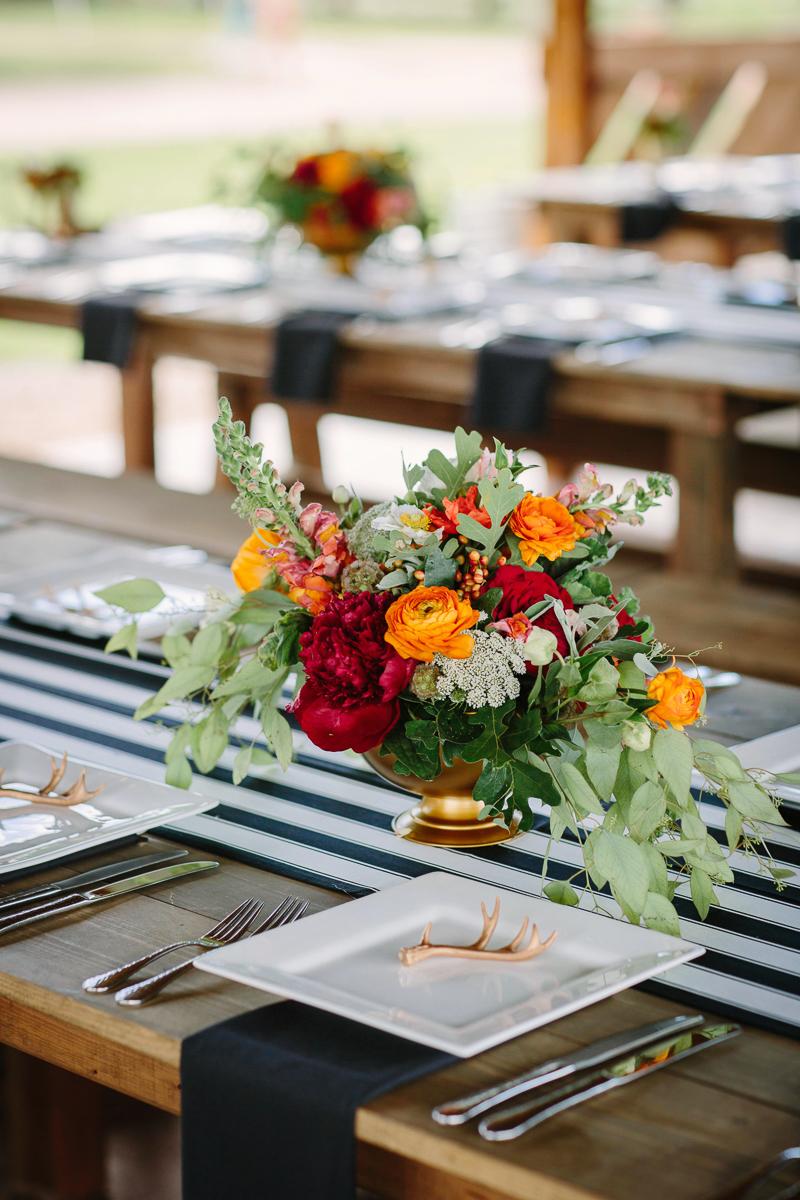 Aspen wedding reception tables/ Aspen wedding photographer / www.catmayerstudio.com