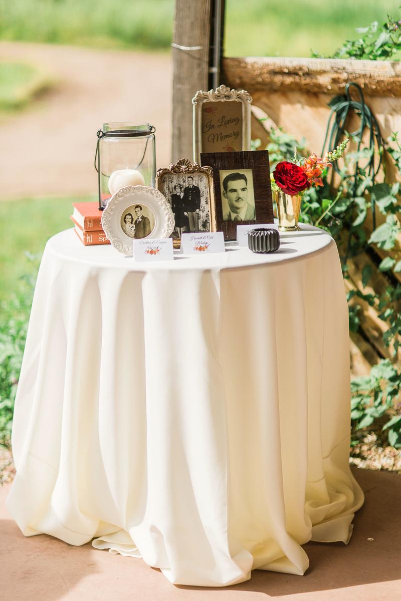 Aspen wedding grandparent table