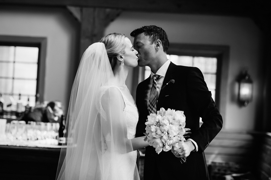 After-wedding kiss at Gorrono Ranch