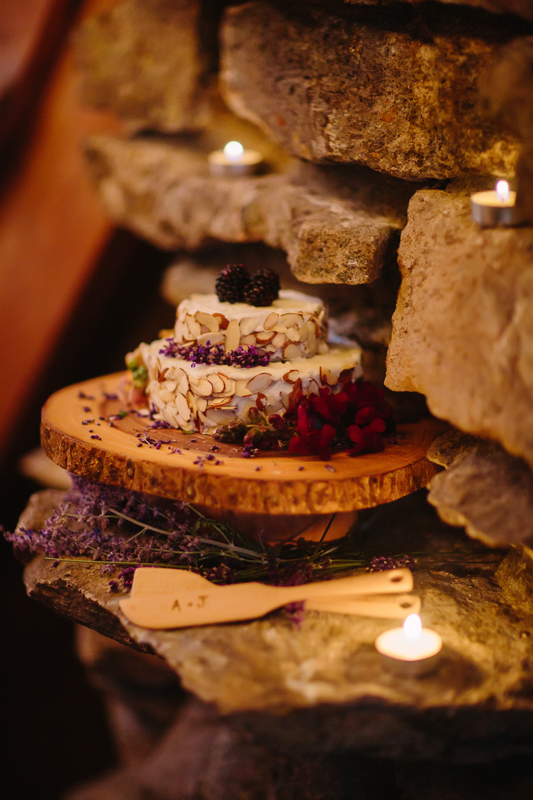 Almond lavender wedding cake by private chef Rabbit Rabbit | Telluride | Cat Mayer Studio